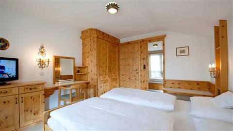 Hotelappartement-Kat-G-Doppelbett